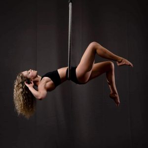 Daisy Williams, Aerialist performer and Instructor